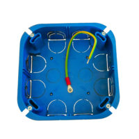boite de dérivation électrique blindée / faradisée cloisons sèches 120 mm de côté et 40 mm de profondeur