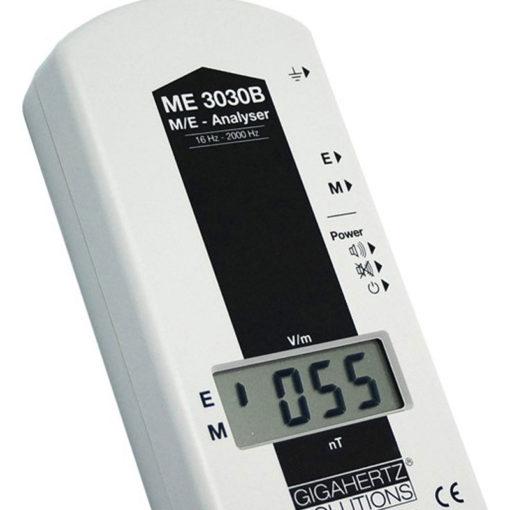 Le GIGAHERTZ SOLUTIONS ME3030B est un appareil de mesure de champs magnétiques et de champs électriques basses fréquences.