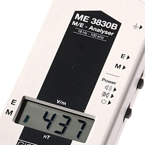 Le GIGAHERTZ SOLUTION ME3830B est un appareil de mesure de champs électromagnétiques Basses Fréquences (16 Hz à 100 KHz) - Champs Magnétiques 1 à 1999 nT - Champs Électriques 1 à 1999 V/m