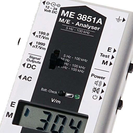 Le gigahertz ME3851A est un appareil de mesure, professionnelle, de champs magnétiques et de champs électriques basses fréquences (de 5 Hz à 100 KHz) avec filtre de fréquence.