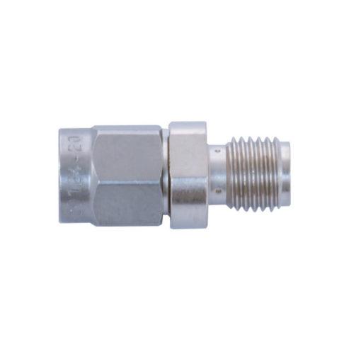 L'atténuateur DG20 diminue la sensibilité d'un facteur de 100 (20 dB) des analyseurs HF32D, HF35C et HF38B. Leur permettant ainsi de mesurer des valeurs jusqu'à 199999µW/m².