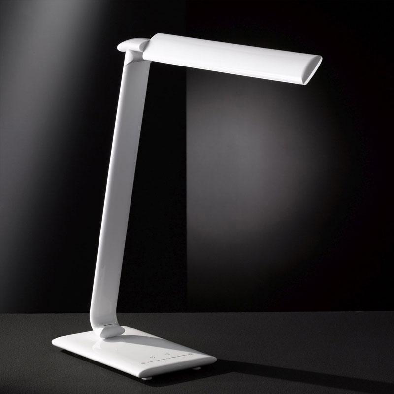 Lampe de bureau à LED avec port USB