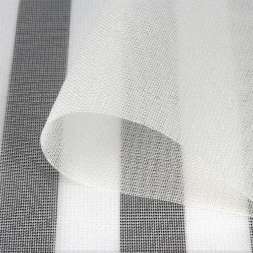 Le Swiss Shield VOILE est un tissu écran Hautes Fréquences très transparent, léger, au style contemporain de couleur blanc. Il permet une atténuation des hyperfréquences de 36dB.