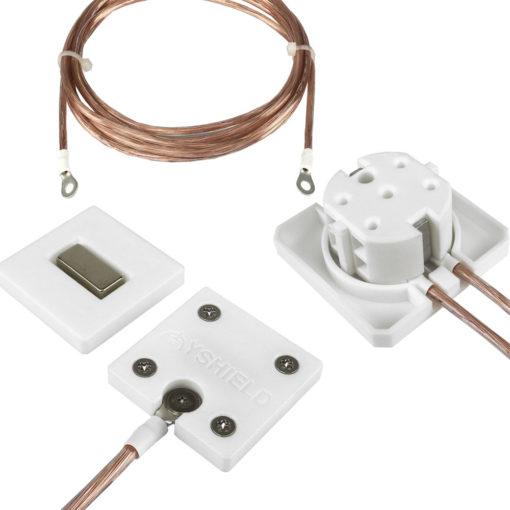 kit de mise à la terre Yshield comprenant une plaque GCM, un cordon GL200 ainsi q'une prise GP1